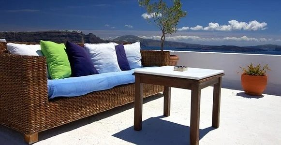 Decorate Your Garden With Garden Furniture